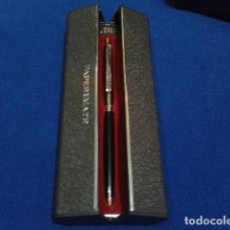 Bolígrafos antiguos: BOLIGRAFO ( PAPER MATE ) DORADO Y NEGRO EN CAJA VER FOTOS. Lote 132339418
