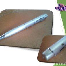 Bolígrafos antiguos: BOLIGRAFO PUBLICIDAD SANTILLANA. CON PUNTERO LASER. Lote 136647178