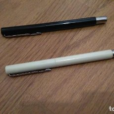 Bolígrafos antiguos: 2 BOLIGRAFOS PARKER, UNO COLOR NEGRO Y EL OTRO BLANCO, NUEVOS SIN USAR. Lote 138998706