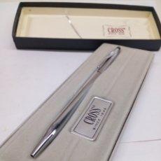 Bolígrafos antiguos: BOLIGRAFO CROSS ACERO EN SU ESTUCHE NUEVA. Lote 143258508
