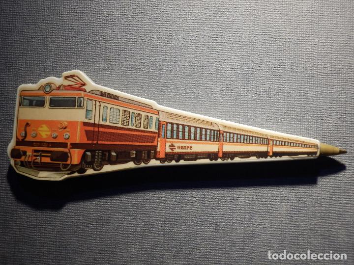 BOLÍGRAFO - RENFE - CON FORMA DE TREN - FUNCIONA CON MINA DE UN BIC - NO PINTA - 12,5 X 4 CM - (Plumas Estilográficas, Bolígrafos y Plumillas - Bolígrafos)