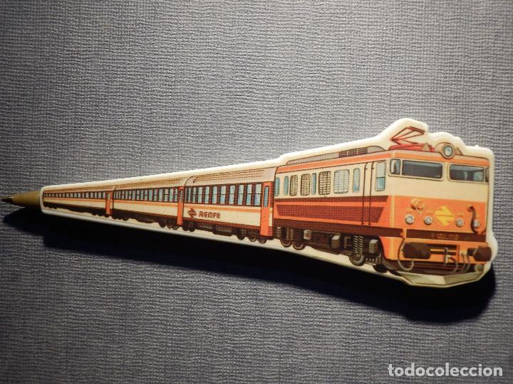 Bolígrafos antiguos: Bolígrafo - Renfe - Con forma de tren - Funciona con mina de un BIC - No pinta - 12,5 x 4 cm - - Foto 2 - 150504350