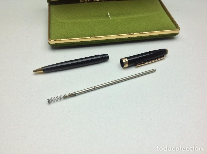 Bolígrafos antiguos: BOLIGRAFO SUPER T - NEGRO CON CAJA ORIGINAL - PLAQUE ORO 14 k. - Foto 4 - 156747134