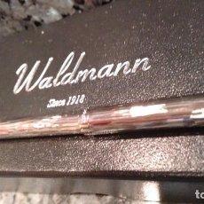 Bolígrafos antiguos: BOLÍGRAFO WALDMANN PLATA. Lote 159726866