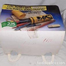Bolígrafos antiguos: CAJA EXPOSITOR CON 9 PORTATODO SUPER TAN-TAN CON 6 BOLÍGRAFOS PAPER MATE CADA UNO. Lote 169035960