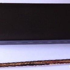 Bolígrafos antiguos: BOLIGRAFO S.T. DUPONT ORFEVRES DE PARIS. CHAPADO ORO. . PUNZONADO.. Lote 171607569