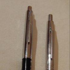 Bolígrafos antiguos: DOS ANTIGUOS BOLÍGRAFOS MARCA REYNOLDS. Lote 177518308