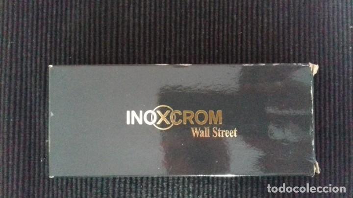 Bolígrafos antiguos: BOLIGRAFO INOXCROM WALL STREET. SIN USAR. CON CAJA Y ESTUCHE ORIGINALES. - Foto 5 - 181135617