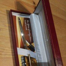 Bolígrafos antiguos: BOLÍGRAFO SHEAFFER EN ESTUCHE. Lote 183026965