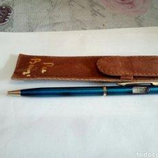Bolígrafos antiguos: BOLÍGRAFO CON RELOJ CON FUNDA. Lote 186435177
