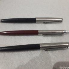 Bolígrafos antiguos: LOTE TRES BOLÍGRAFOS INOXCROM MODELOS 55 Y 77. Lote 187124357