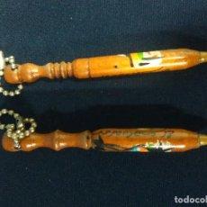 Bolígrafos antiguos: 2 BOLIGRAFOS MADERA EL SALVADOR. Lote 206796418