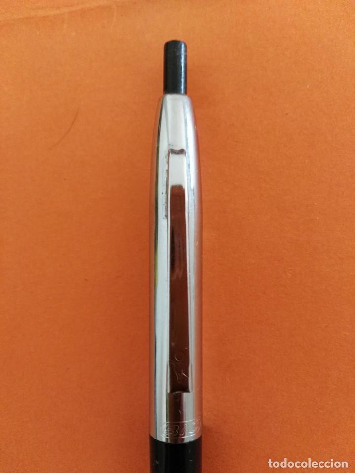 Bolígrafos antiguos: antiguo boligrafo bic metalico y negro - Foto 2 - 207095125