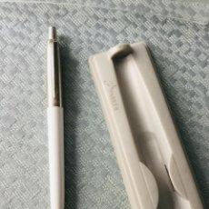 Bolígrafos antiguos: BOLÍGRAFO PARKER SIN ESTRENAR. EN SU ESTUCHE ORIGINAL. Lote 207389238