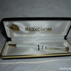 Esferográficas antigas: BOLIGRAFO BLANCO INOXCROM INSCRIPCION REAL MADRID F.C.GOLD ELECTROPLATED 24 KTS. Lote 211415320
