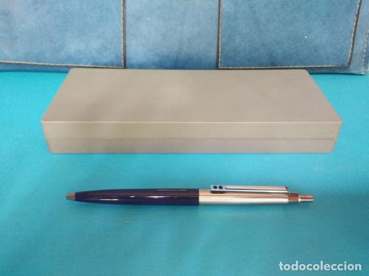 Bolígrafos antiguos: BOLÍGRAFO INOXCROM 55, AZUL Y ACERO - Foto 4 - 213609622