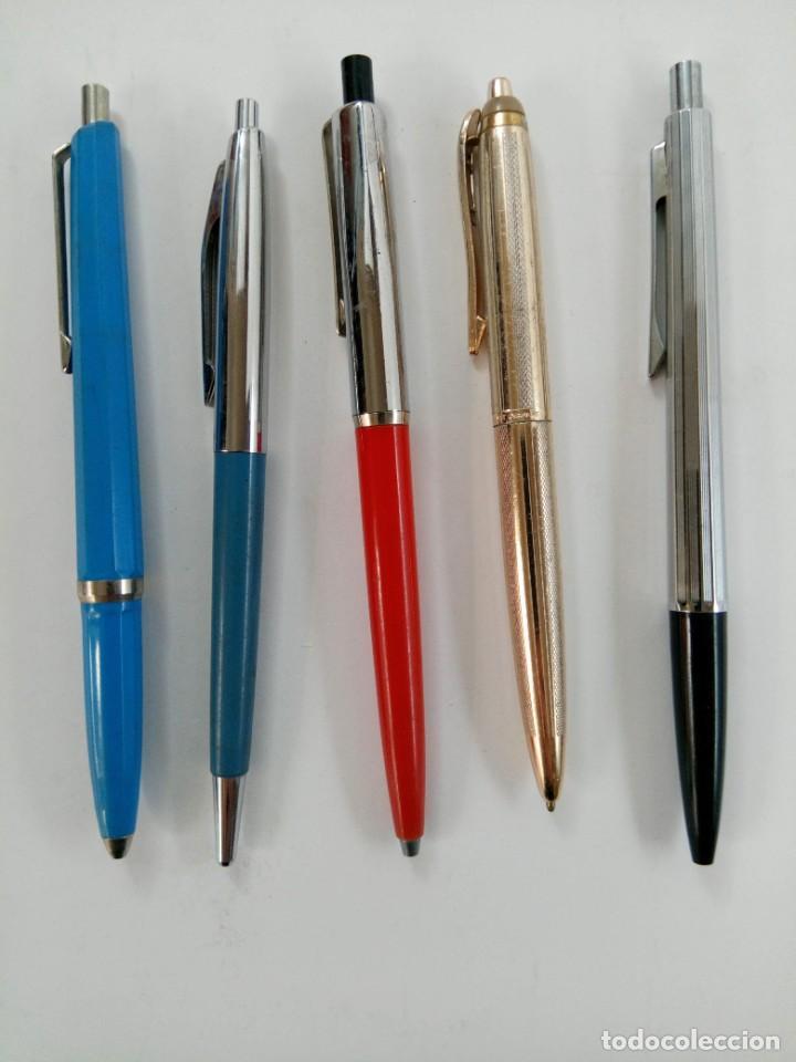 LOTE 5 BOLÍGRAFOS (CARGA SIN TINTA, MECANISMO BIEN) (Plumas Estilográficas, Bolígrafos y Plumillas - Bolígrafos)