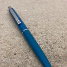Bolígrafos antiguos: BOLÍGRAFO PAPER MATE LACADO AZUL. Lote 221099352