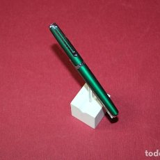 Bolígrafos antiguos: BOLIGRAFO ROLLERBALL INOXCROM WALL STREET - NUEVO. Lote 245927555