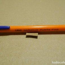 Bolígrafos antiguos: BOLIGRAFO ANTIGUO BIC NARANJA PUNTA FINA. Lote 246018455