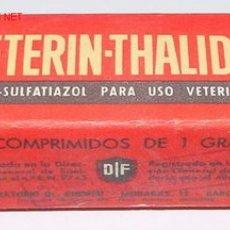 Botellas antiguas, cajas y envases: ANTIGUA CAJA DE CARTON DE MEDICAMENTO CON PUBLICIDAD DE FARMACIA . Lote 1757040