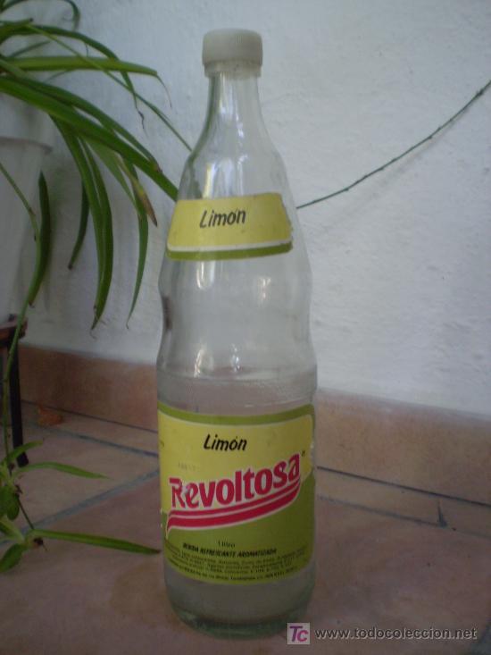 BOTELLA DE GASEOSA REVOLTOSA DE LIMON. (Coleccionismo - Botellas y Bebidas - Botellas Antiguas)