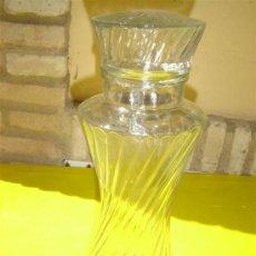 Botellas antiguas: BOTE DE CRISTAL TALLADOS. Lote 8870123