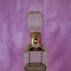 Botellas antiguas: BOTELLA CRISTAL VACIA CABALLO BLANCO. Lote 26842746