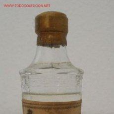 Botellas antiguas: BOTELLIN ANTIGUO ANIS LAS CADENAS. Lote 16634008