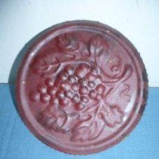 Botellas antiguas: CHAPA PARA GARRAFA DE GRAN DIAMETRO. Lote 10933935