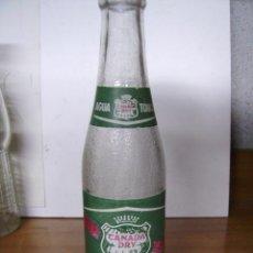 Botellas antiguas: INTERESANTE BOTELLA VACIA DE AGUA TONICA -CANADA DRY. Lote 19987406