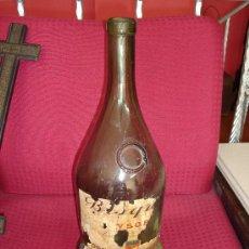 Botellas antiguas: BOTELLA COÑAC COGNAC BISCUIT DUBOUCHE 45 CMS ALTO. Lote 27346274
