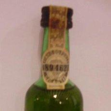 Botellas antiguas: BOTELLIN DE VINO OPORTO BLANCO TAWNY. VINOS OSBORNE PORTUGAL & CIA. PORTUGAL.. Lote 14093303
