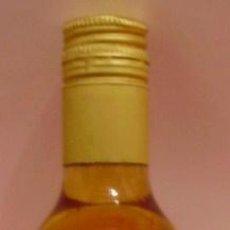 Botellas antiguas: BOTELLIN DE VINO CHABLIS INGLENOOK. VINO DE MESA BLANCO CALIFORNIA.. Lote 14442274