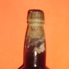 Botellas antiguas: ANTIGUA BOTELLA DE VINO DE JEREZ. BODEGAS PALOMINO Y VERGARA. JEREZ DE LA FRA. CÁDIZ. ESPAÑA.. Lote 18089063