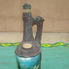 Botellas antiguas: BOTELLA DE LICOR IMITACION A TRONCO. Lote 15933482