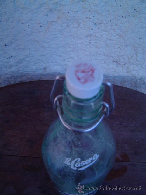 Botellas antiguas: BOTELLA GASEOSA LA CASERA - Foto 4 - 17435563