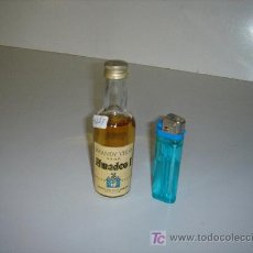 Botellas antiguas: BOTELLIN DE LICOR ANTIGUO. Lote 23161546