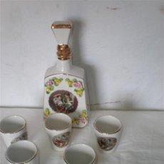 Botellas antiguas: BOTELLA DE CERAMICA Y 5 VASOS WHISKY. Lote 18563444