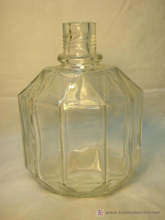 BOTELLA DE COLONIA MYRURGIA AÑOS 50-60 (Botellas y Bebidas - Botellas Antiguas)