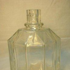 Botellas antiguas: BOTELLA DE COLONIA MYRURGIA AÑOS 50-60. Lote 26810143