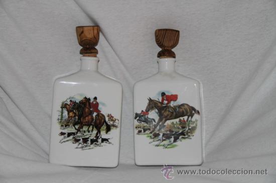 Botellas antiguas: preciosa pareja de botellas policromadas de cognac de med del s xx - Foto 2 - 20440174