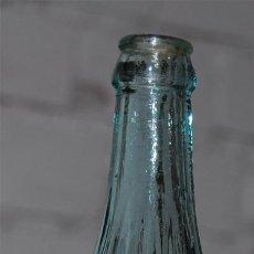 Botellas antiguas: BOTELLA DE GASEOSA AÑOS 40. Lote 25977819