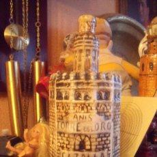 Botellas antiguas: PRECIOSA Y ANTIGUA BOTELLA DE ANIS TORRE DEL ORO. Lote 26507161