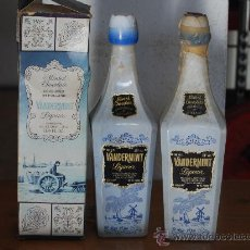 Botellas antiguas: BOTELLAS DE LICOR VANDERMINT. Lote 24087527
