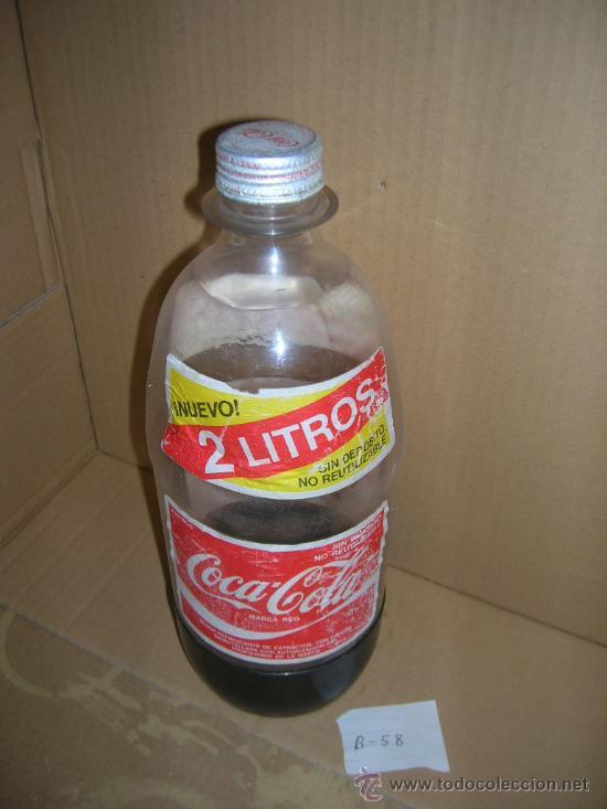 ANTIGUA BOTELLA DE COCA-COLA. DE 2 LITROS, DE PLASTICO, USADA, VACIA, CON TAPON, VER FOTOS. (Botellas y Bebidas - Botellas Antiguas)