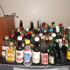 Botellas antiguas: LOTAZO DE BOTELLAS EN MINIATURA . OPORTUNIDAD COLECCIONISTAS.. Lote 26988303
