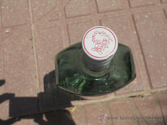 Botellas antiguas: ANTIGUA BOTELLA VERDE CLARO. 1 LITRO - EN EL TAPON LLEVA UN NIÑO DIBUJADO Y LA LETRA K. - Foto 2 - 27107024
