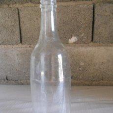 Botellas antiguas: ANTIGUA BOTELLA DE VIDRIO TRANSPARENTE DE 1 LITRO. LEER. Lote 27134818