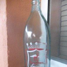 Botellas antiguas: BOTELLA DE AGUA FONTE FORTE-LANJARON, SERIGRAFIADA. 1 LITRO. Lote 28266910